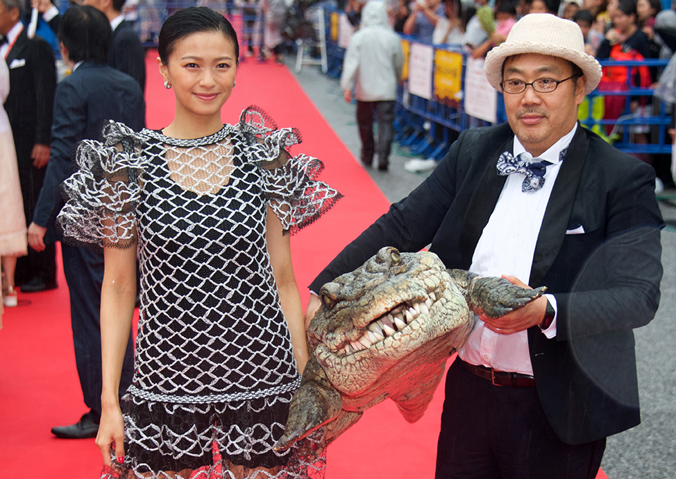10th Okinawa Int'l Movie Festival Draws Celebrities, Crowd to Naha
