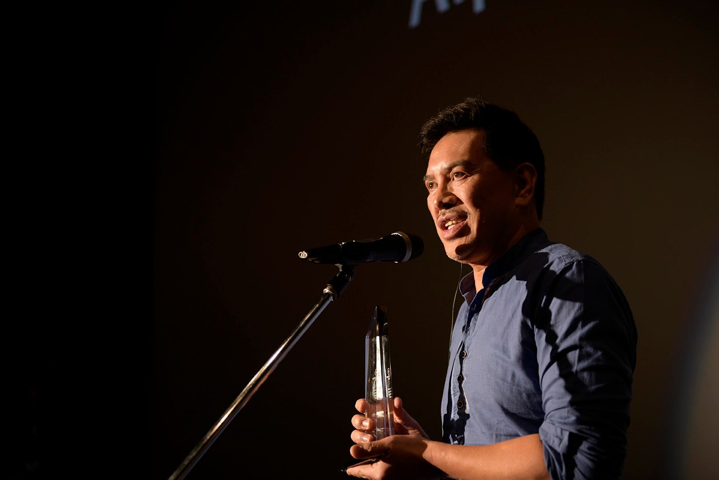 Brillante Mendoza's 'Alpha, The Right To Kill' Wins Runner-Up Prize in Fukuoka