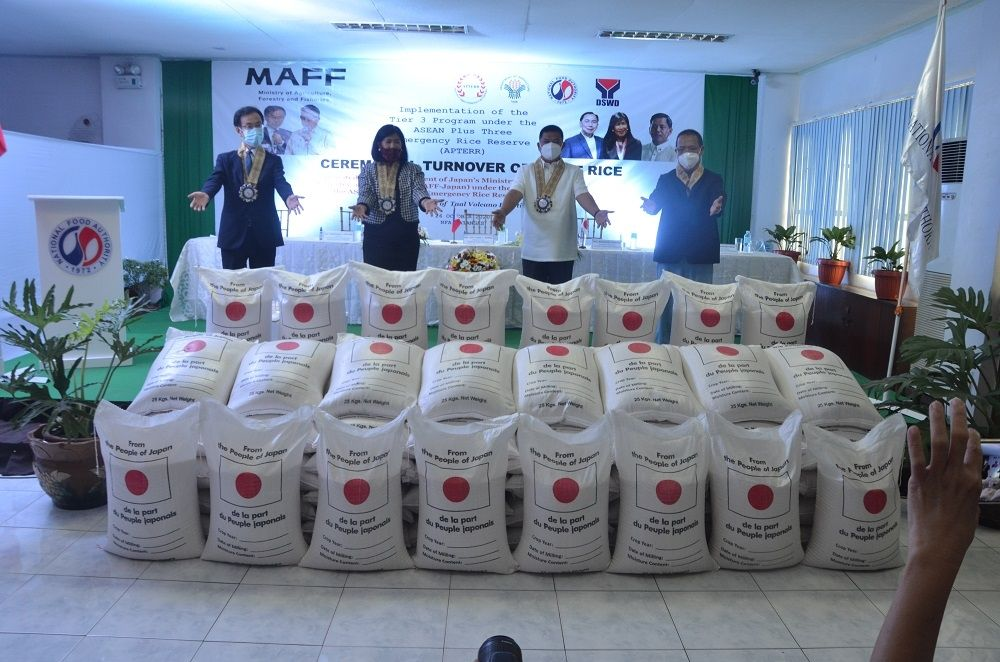 Japan Turns Over 425 MT of Rice Donations to Taal Victims